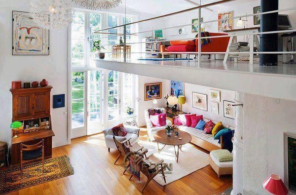 Mẫu thiết kế nhà cấp 4 gác lửng với đầy màu sắc hấp dẫn, khiến cho căn nhà trở nên sinh động và ấm áp hơn