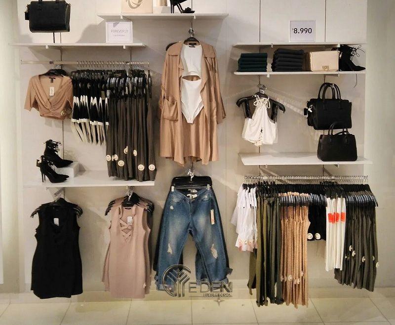 bố trí sắp xếp tạo điểm thu hút cho cửa hàng