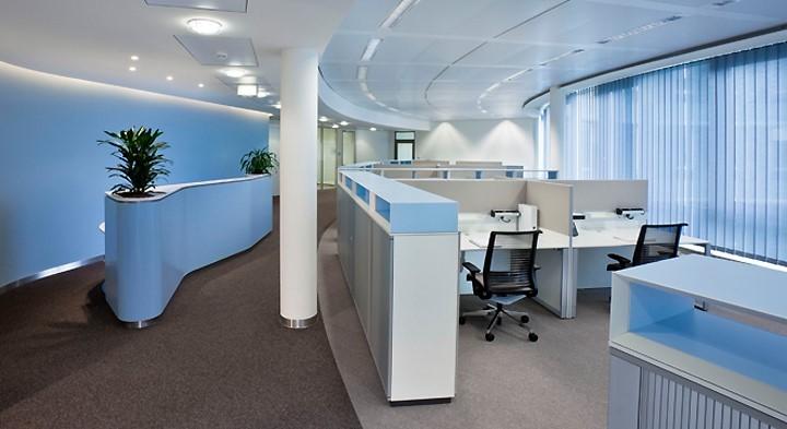 Màu xanh dương chủ đạo cho không gian văn phòng