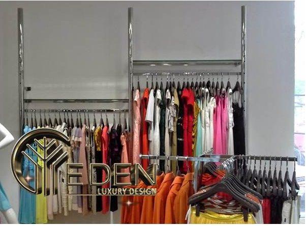 Một số mẫu kệ treo quần áo bằng Inox