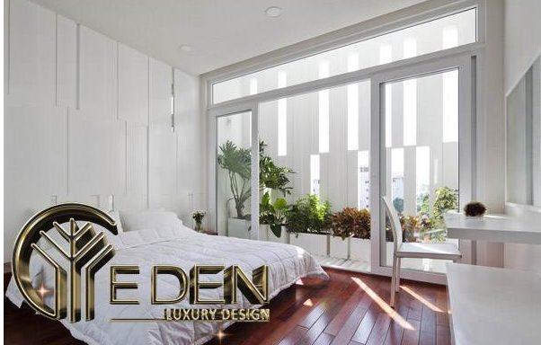 Phòng ngủ rộng rãi, thông thoáng với không gian xanh
