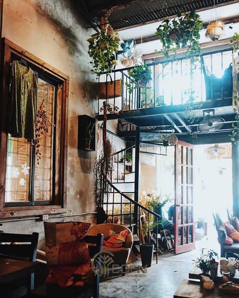 Thiết kế quán cafe có gác lửng phong cách Vintage ấn tượng với dấu ấn của dòng thời gian