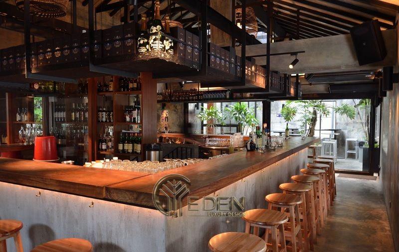 Thiết kế quán cafe Bar với gam màu nâu, trầm tạo dáng vẻ cổ điển hiện đại