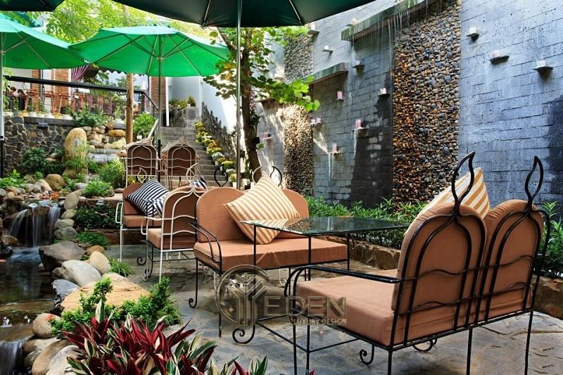 Thiết kế quán cafe mở với sân vườn hiện đại, sang trọng