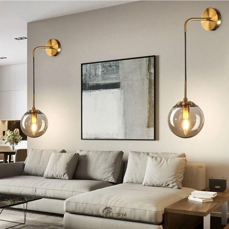 Mẫu đèn tường trong phòng khách tạo điểm nhấn