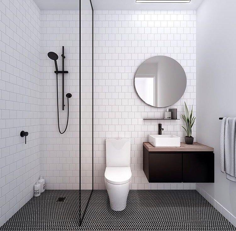 Mẫu nhà vệ sinh phong cách tối giản với gam màu trắng tinh tế