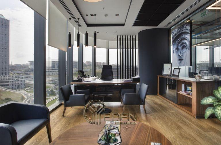 Thiết kế thi công nội thất văn phòng tại hà nội – Phòng giám đốc mang phong cách hiện đại, không gian mở giúp giám đốc có thể thoải mái hơn trong công việc