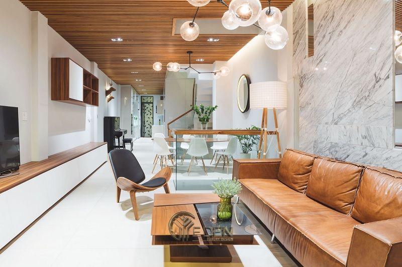 Thiết kế nội thất nhà cấp 4 hiện đại với tông màu nâu, trắng làm chủ đạo