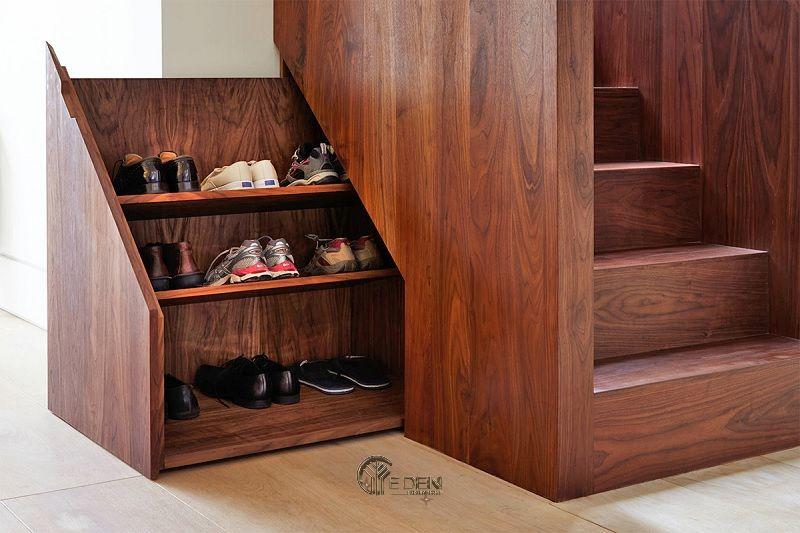 Mẫu tủ giày dưới gầm cầu thang chất liệu gỗ tự nhiên