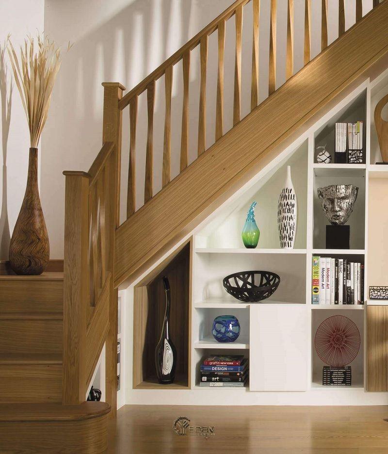 Chất liệu tủ cầu thang được nhiều gia đình yêu thích phải kể đến dòng gỗ tự nhiên và dòng gỗ công nghiệp