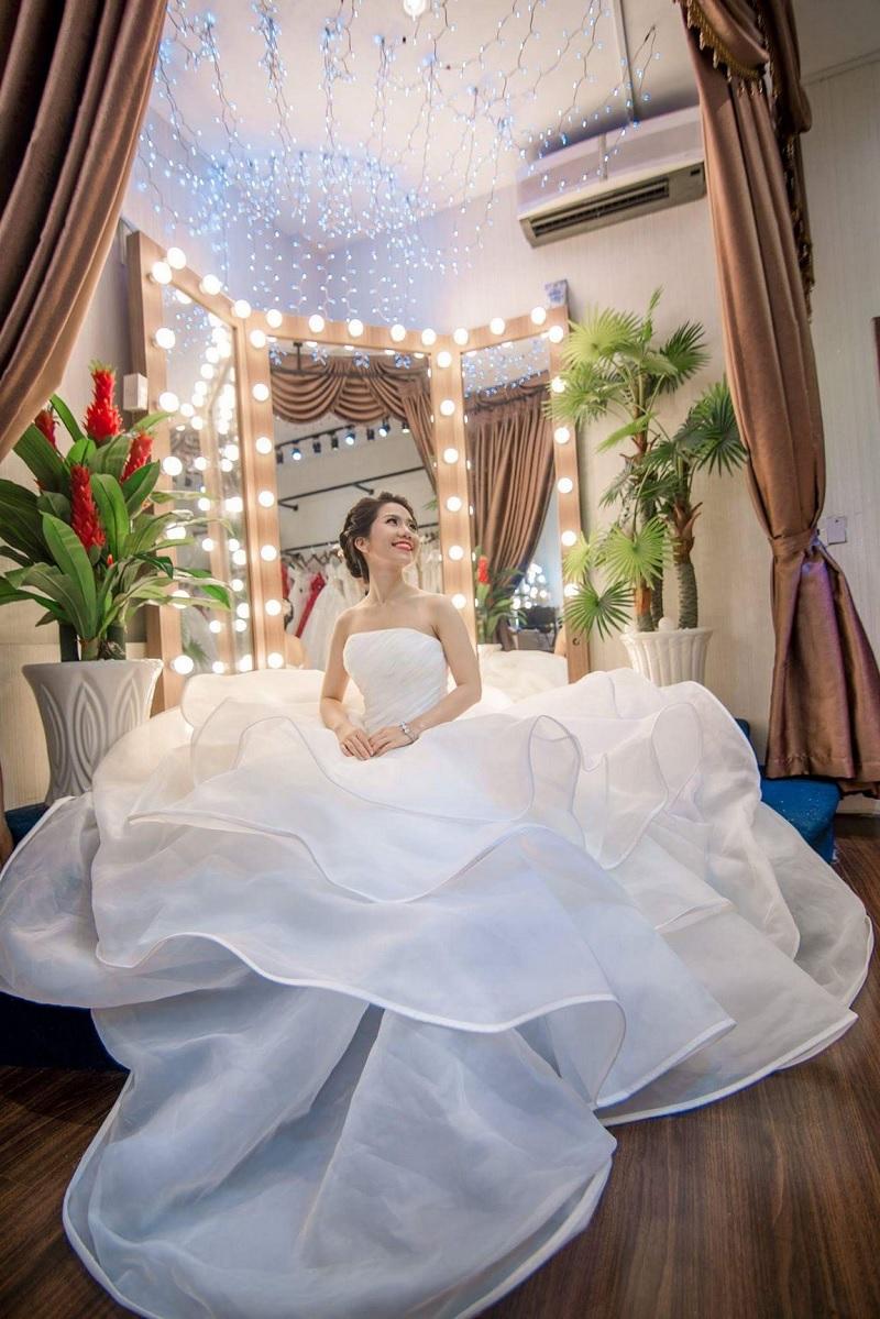 Lên kế hoạch chụp ảnh cưới, mua nhẫn cưới