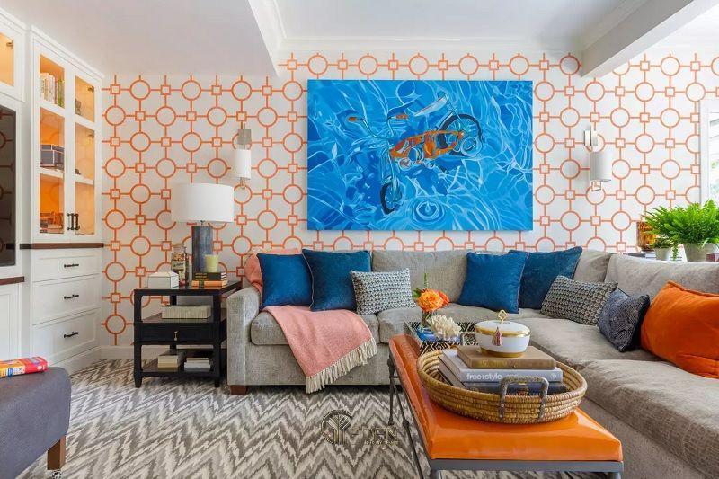 Mẫu thiết kế phòng khách với màu cam, xanh lam và xám
