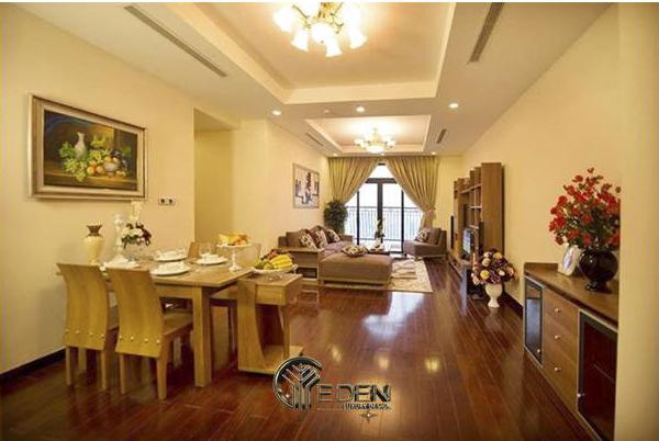 Phòng bếp được bố trí liền với phòng khách không gian ấm áp