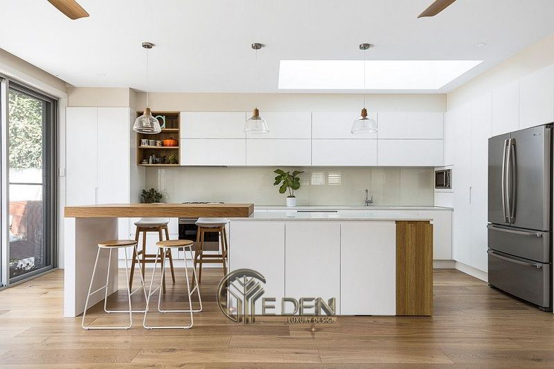 Mẫu phòng bếp với đá ốp phong cách hiện đại (4)