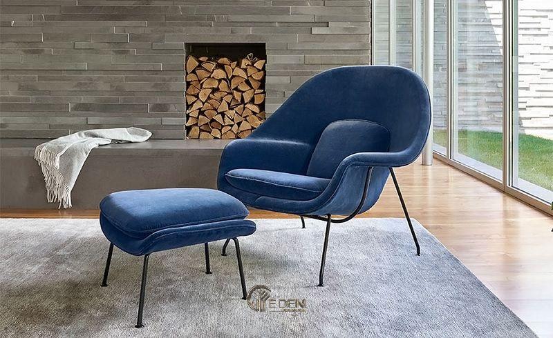 Mẫu ghế kết hợp ghế để chân với lối thiết kế mảnh mai. Phù hợp với không gian phòng khách hiện đại, sang trọng và ấm áp