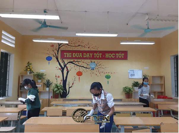 Bàn ghế học sinh được làm từ gỗ MFC
