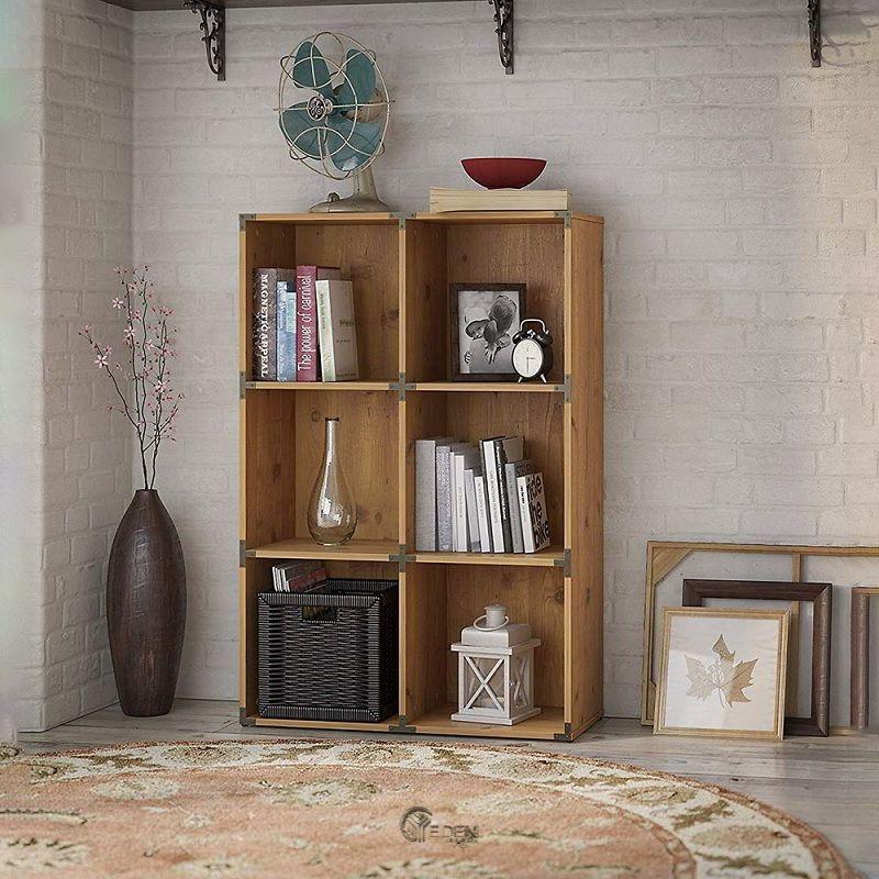 Mẫu kệ sách đứng chất liệu gỗ công nghiệp đơn giản. Phù hợp với nhiều phong cách sống