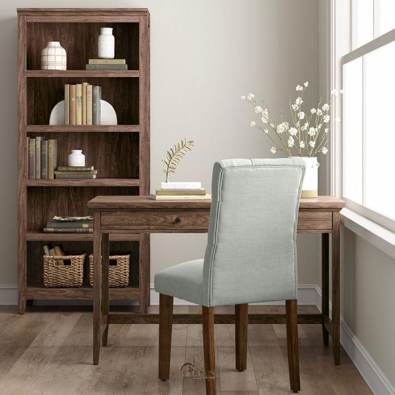 Mẫu kệ sách đứng chất liệu gỗ tự nhiên độc đáo. Dành riêng cho khách hàng thích sự cổ điển, lắng đọng nhưng trầm ấm quyến rũ