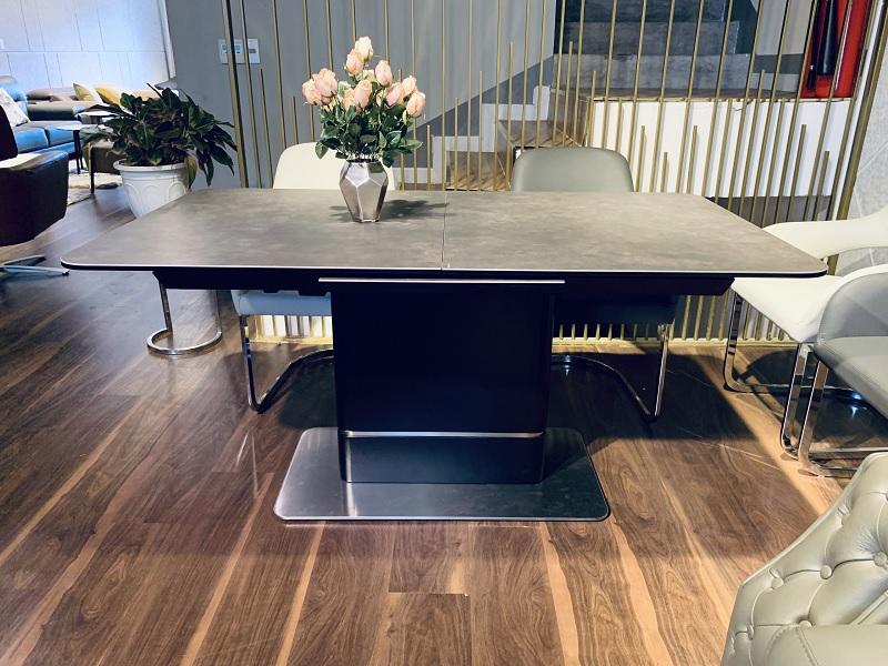 Mẫu bàn ăn thông minh phù hợp với không gian tối giản hiện đại