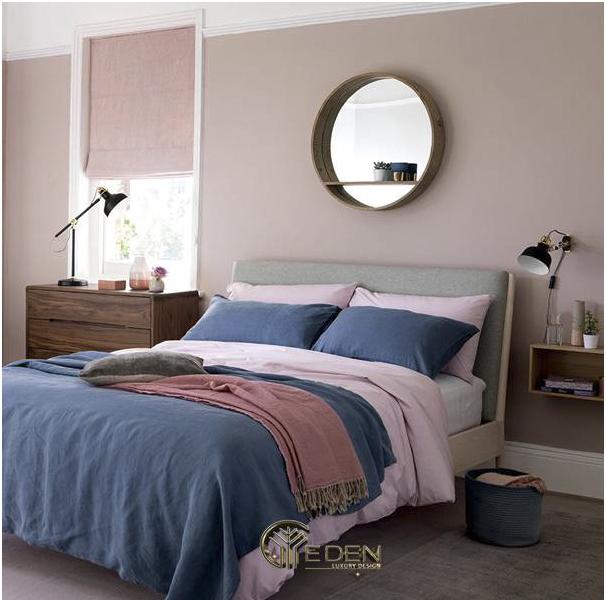 Nội thất màu xanh tạo nên điểm nhấn ấn tượng cho căn phòng