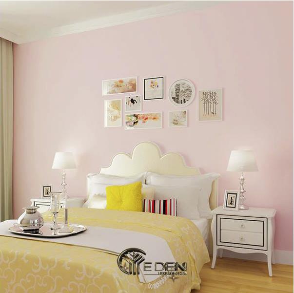 Trang trí phòng ngủ màu hồng kết hợp với màu vàng đem đến sự tươi mới