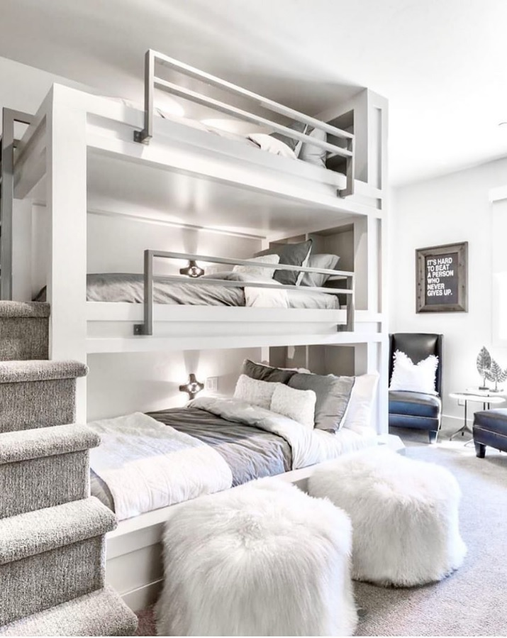 Mẫu giường tầng đa năng sát tường đơn giản, tinh tế