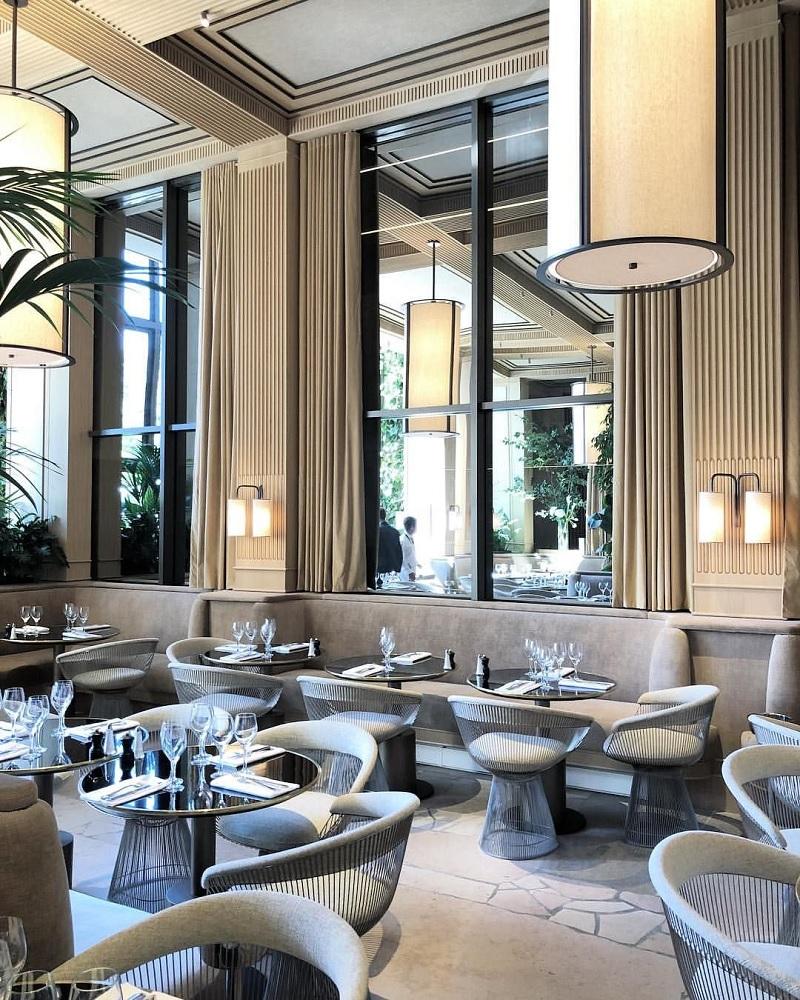 Thiết kế nội thất nhà hàng Tân cổ điển đậm đà chất riêng 4