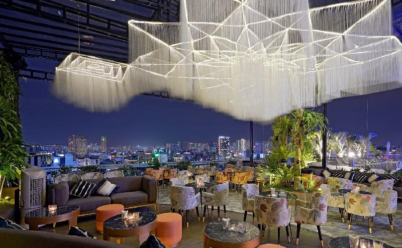 Mẫu thiết kế nhà hàng ăn uống phong cách sân thượng 3