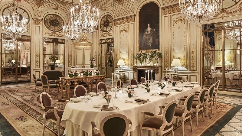 Thiết kế nội thất nhà hàng đẹp Cổ điển 3