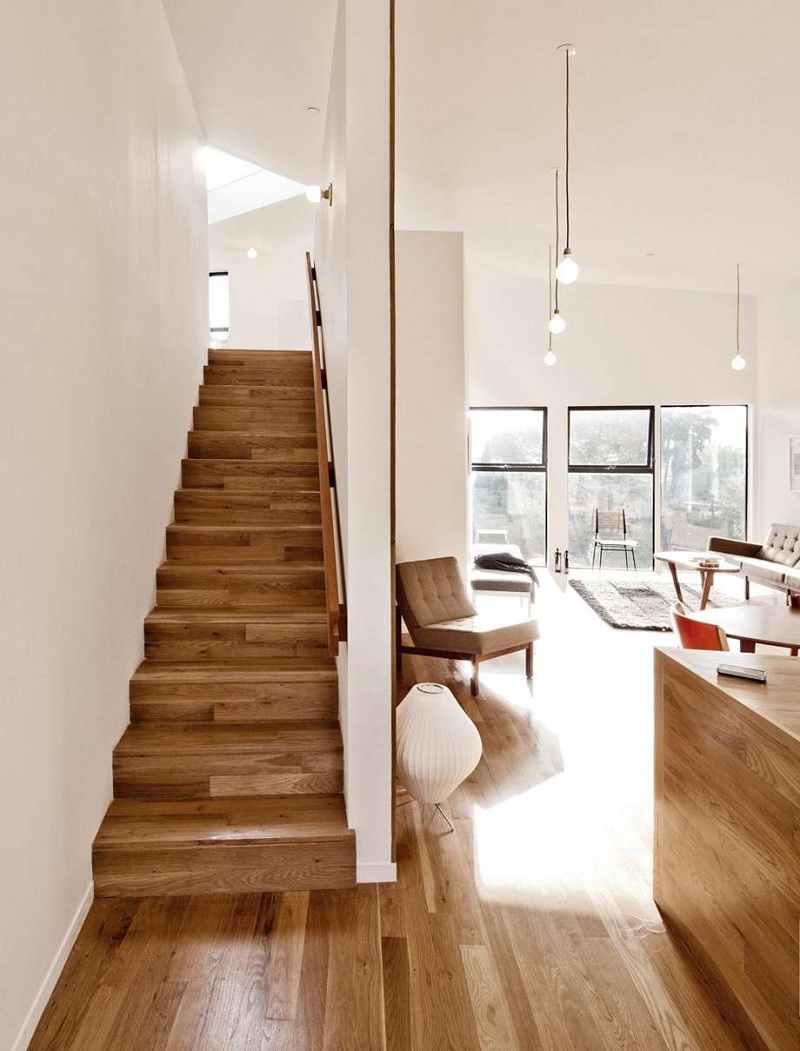 Trong các mẫu cầu thang gỗ đẹp thì dáng cầu thang thẳng thường sẽ dáng đơn giản nhất và có một sự khác biệt riêng