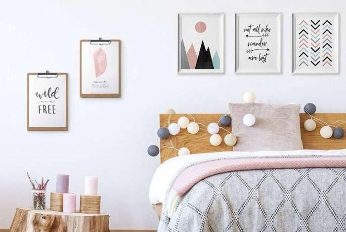 Phòng ngủ trở nên sinh động hơn khi trang trí thêm tranh ảnh