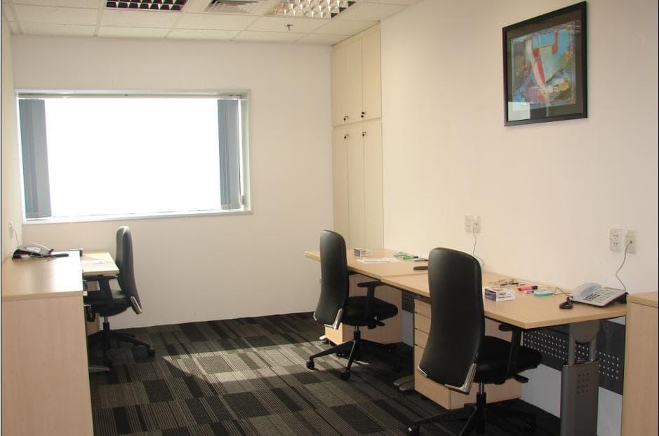 Không gian văn phòng nhỏ được thiết kế tối giản hóa