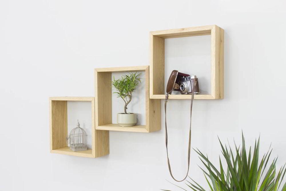 Kệ gỗ trang trí phòng khách treo tường