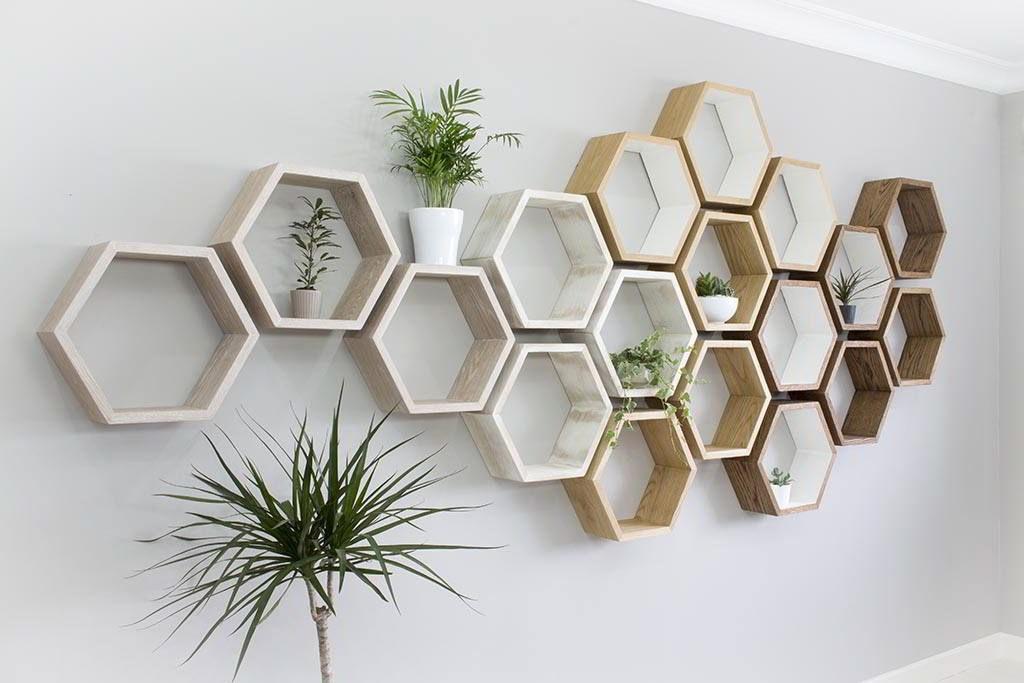 Kệ gỗ treo tường hình lục giác độc đáo