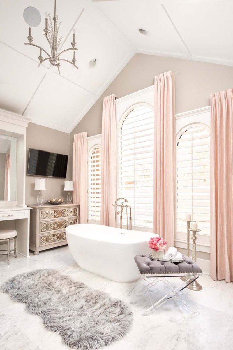 Mẫu phòng tắm với gam màu hồng pastel nhẹ nhàng cho các nàng