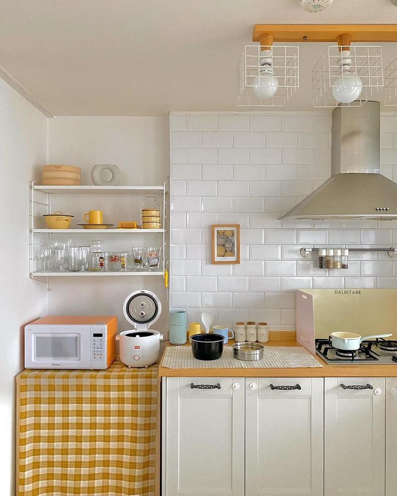 Ý tưởng thiết kế giá đỡ nhiều tầng trang trí bếp nhỏ