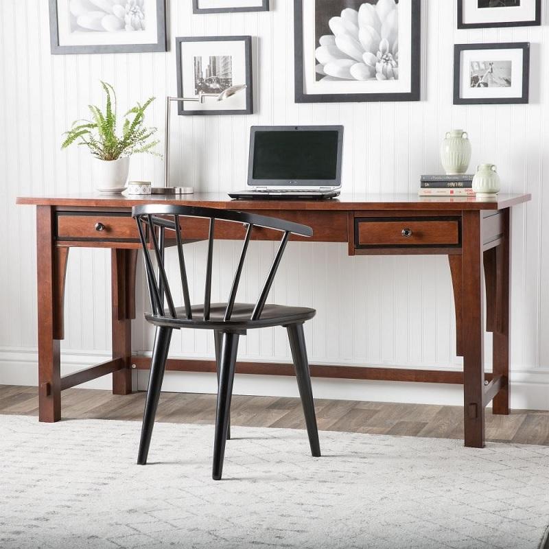 Chất liệu bàn làm việc tại nhà sẽ quyết định nhiều đến giá thành của sản phẩm.