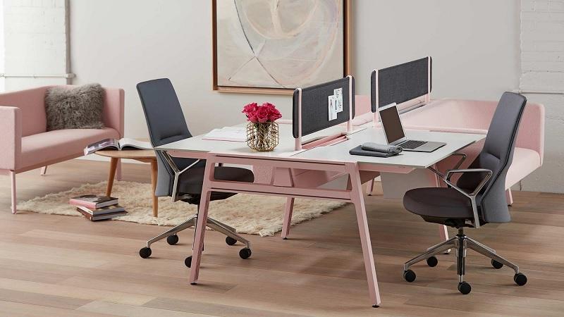 Mẫu bàn làm việc với gam màu hồng kiêu sa