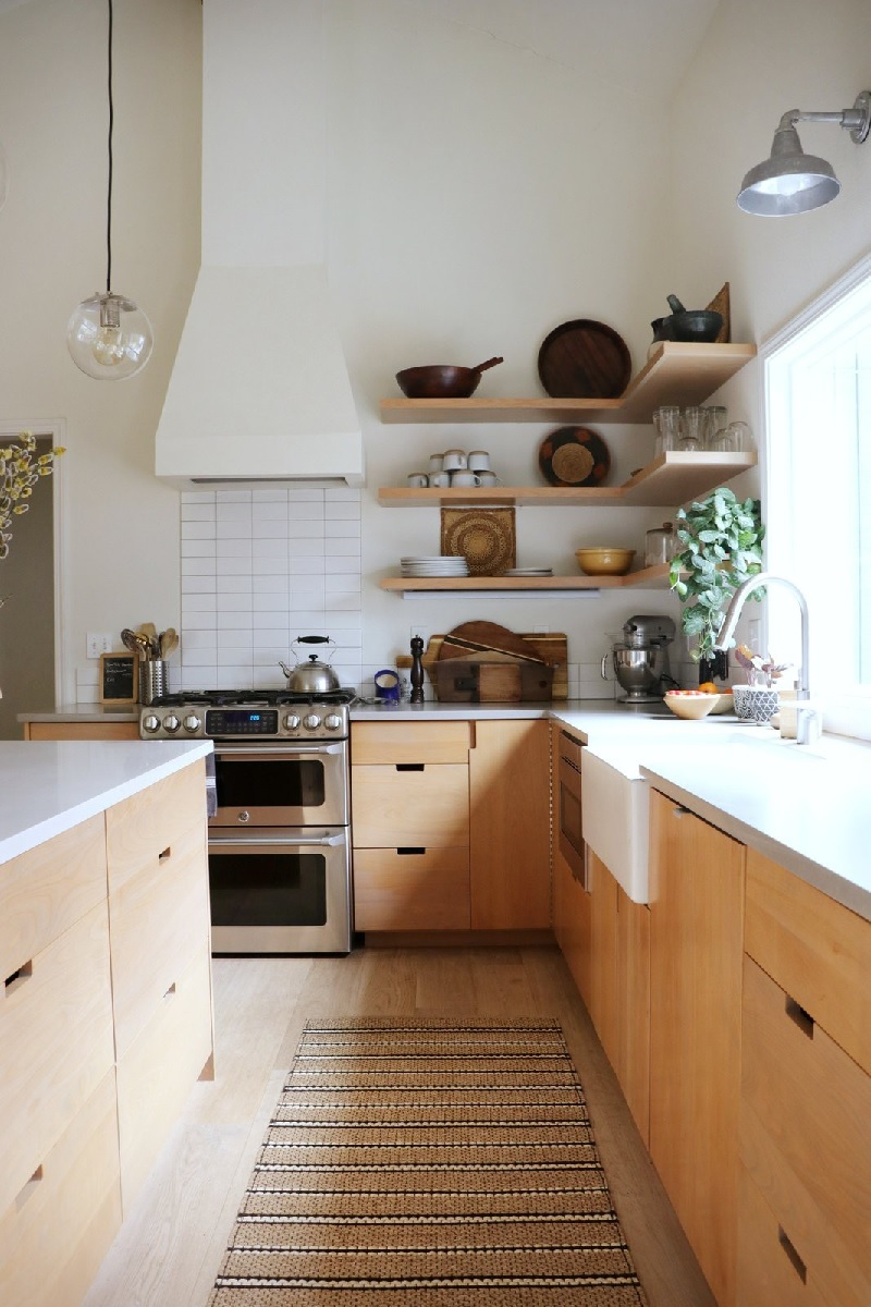 Mẫu nhà bếp nông thôn nhưng hiện đại, mới lạ