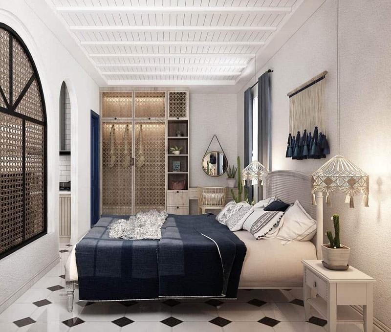 Trần nhà màu trắng với điểm nhấn màu be và thảm màu cát tạo nên một môi trường yên bình.