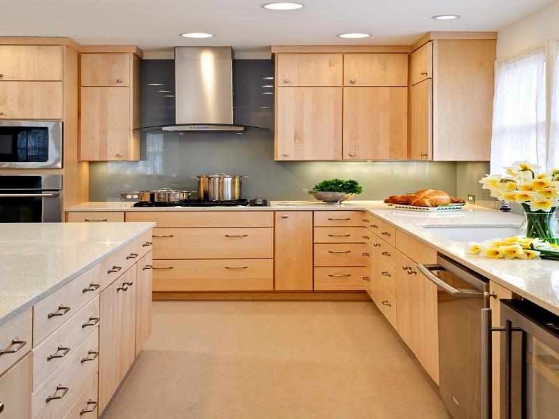 Tủ bếp gỗ Ash tạo cảm giác ấm áp