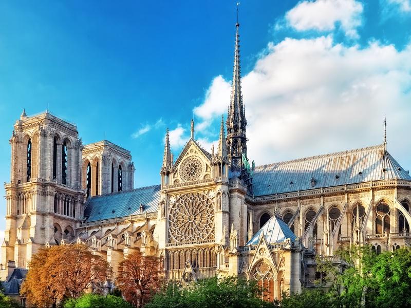Nhà thờ Đức Bà Paris - Pháp