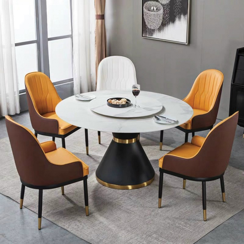Mẫu bàn tròn thường sẽ dành cho những căn phòng có diện tích tương đối lớn.