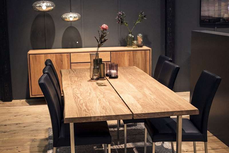 Mẫu bàn ăn gỗ xoan sang trọng, thẩm mỹ