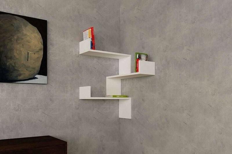 Kệ sách treo tường tận dụng góc tường sang tạo nên không gian nghệ thuật