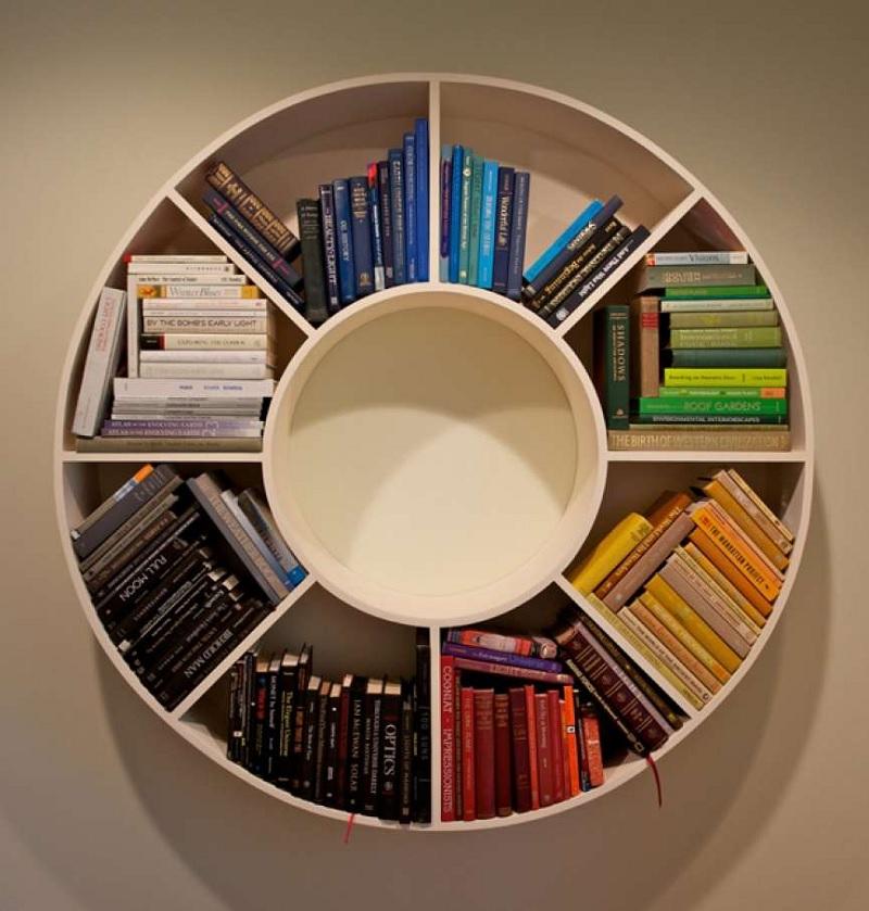 Kệ sách treo tường dáng tròn độc đáo kích thích sự sáng tạo của bé
